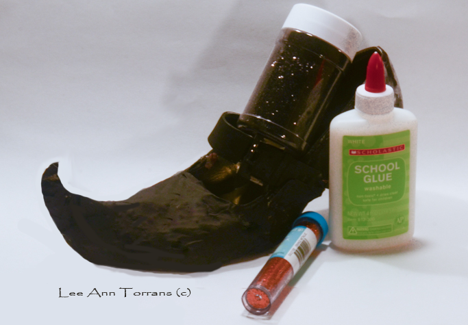 Pointy Toe Witch Shoes with Painted Paper Mache Ready for Glitter!